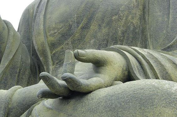 buddha sitz mudra beton 7 564