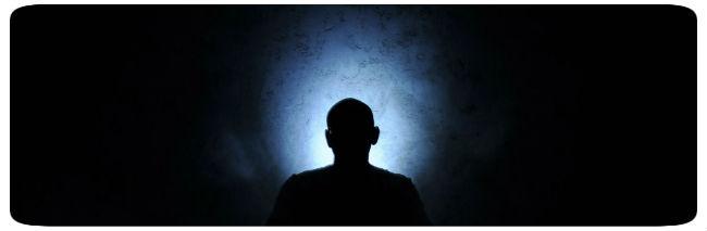 Mann in Meditation