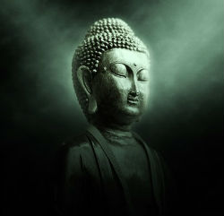 buddha gruen leuchten 250