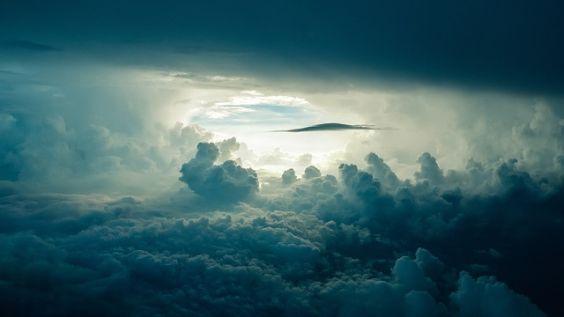 himmel loch wolke 564