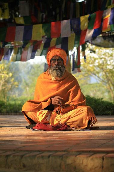 priester orange 380