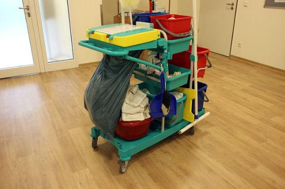putzwagen yogaraum 564