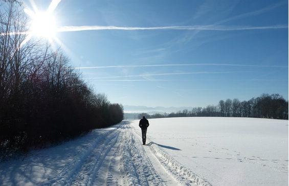 schnee wanderer sonne r 564