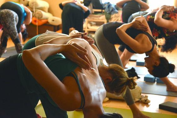 yoga gruppe raum h4 564
