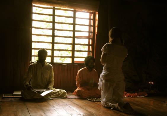 yoga raum dunkel 564
